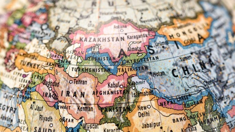 Nation Building in Central Asia: Legacies, Identities, and Institutions