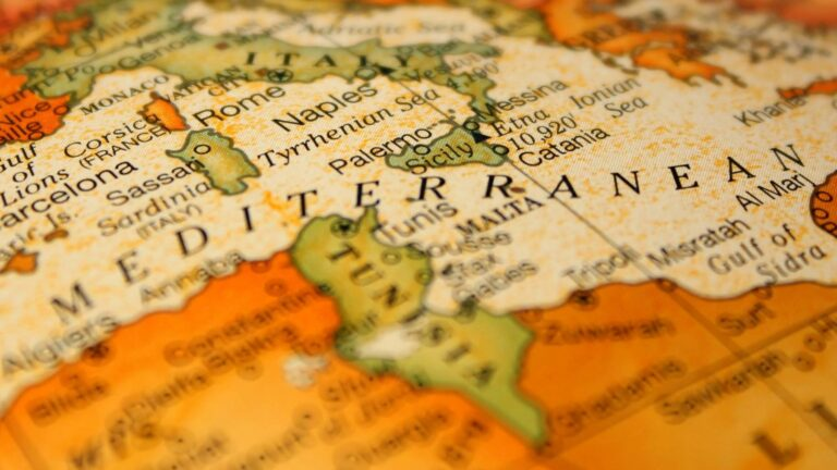 CIRS Faculty Research Initiative: Tunisia in the Aftermath of the Arab Uprisings