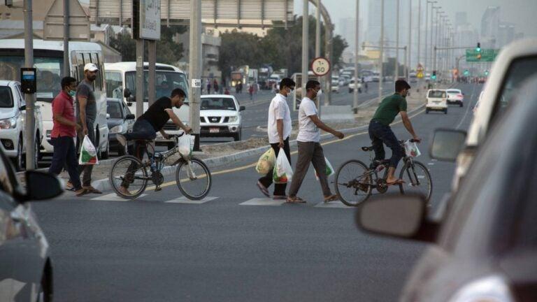 وباء كوفيد-19 في دول مجلس التعاون الخليجي: مواطن الضعف الكامنة لدى العمالة المهاجرة